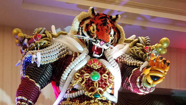 15-foot-tall tiger sculpture made out of balloons