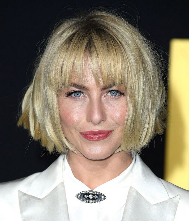 how to style my hair like julianne hough julianne hough debuts new hairstyle bob with bangs 5435