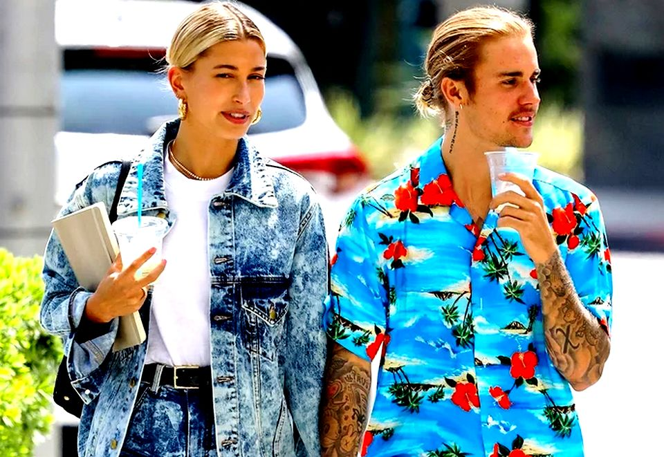 There are several online sources who reported that Justin Bieber and Hailey Baldwin have said 'I do, I do' in a civil ceremony.