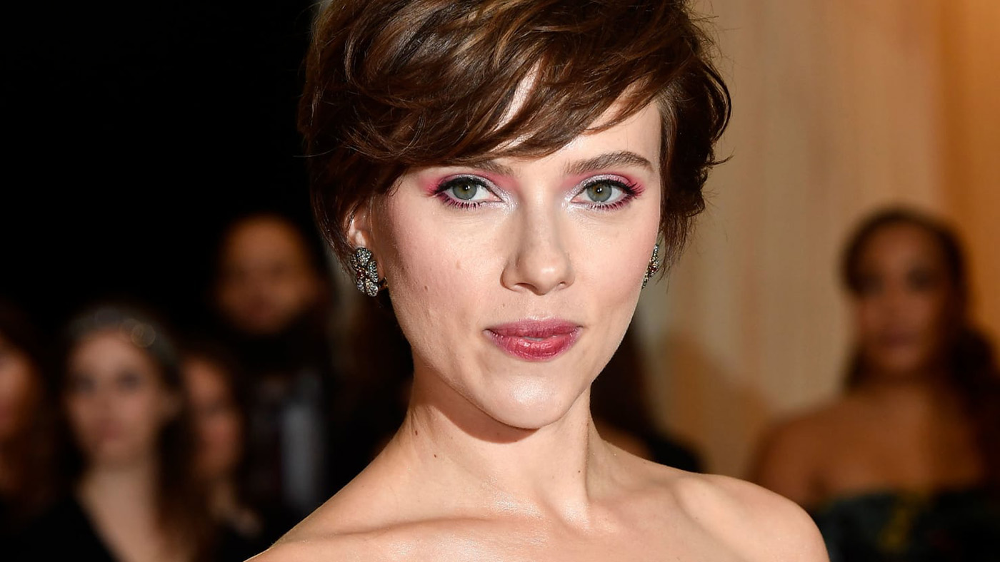 Scarlett Johansson Biography Movies News Photos Age Networth