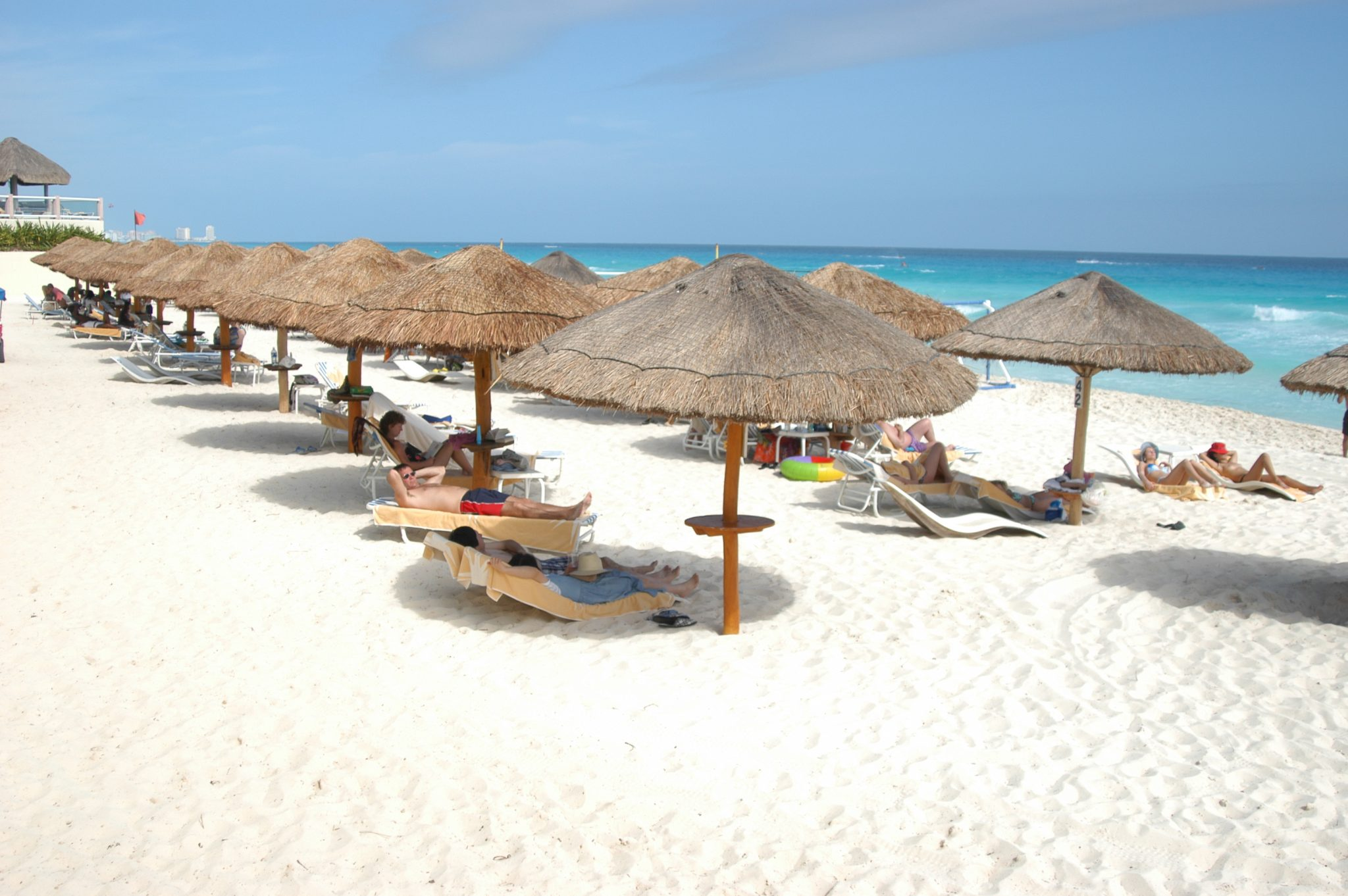 Mexico beaches to reopen for tourism after lockdown