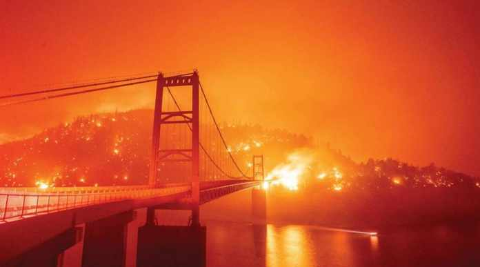 California Wildfires Cause Sky to Turn Orange, Alarms Climate Change