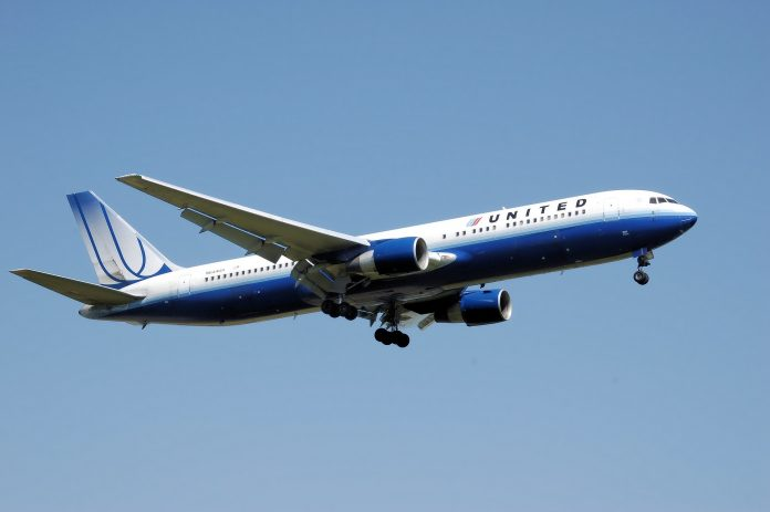United Airlines Scrap Ticket-Change Fees, American and Delta Follow
