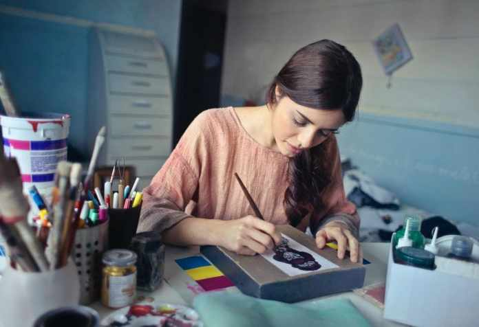 Showcase Your Creativity and Get Hired With These Tips
